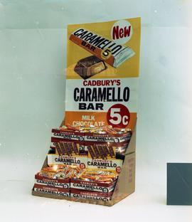 Caramello Bar display
