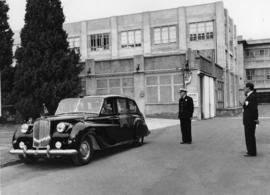 Governor leaving Cadbury Factory