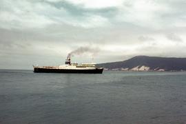 Bass Trader arriving in Emu Bay, 1962