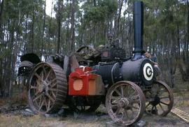Painting and restoring a Burrell steam engine