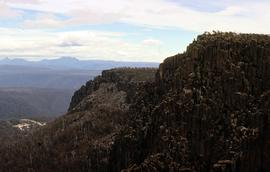 View of Cradle Mountain and Barn Bluff