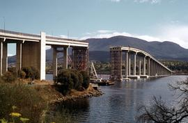 Repair work on Tasman Bridge from Eastern Shore