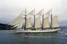 Spanish training ship Juan Sebastian de Elcano on Derwent