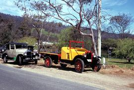 Vintage cars by the Huon River
