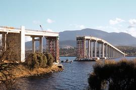 Repair work on Tasman Bridge