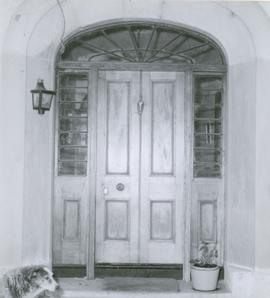 Photograph of doorway at Strathelie
